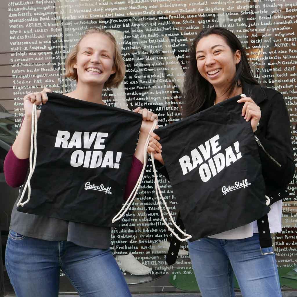 T-Shirts und Stoffsackerl mit Siebdruck bedrucken lassen. Guter Stoff bio fair vegan in Wien